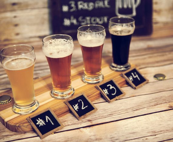 Beer flavors with fruits, honey and spices, a refreshing trend