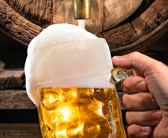 Beer head: how to find the perfect balance when serving beer