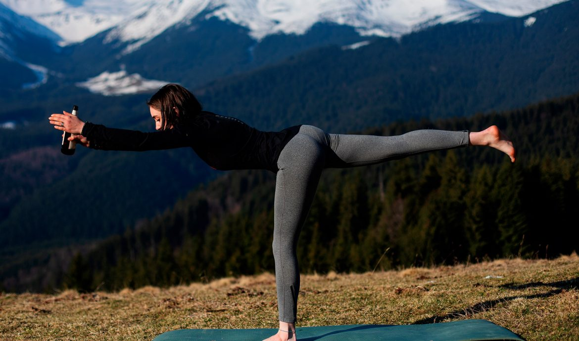 5 basic beer yoga poses you need to learn